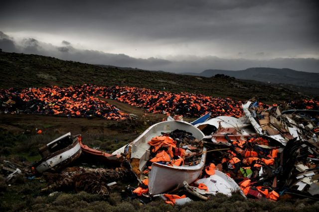Le Monde: Tο 2017 ίσως είναι η πιο θανατηφόρα χρονιά για πρόσφυγες   tovima.gr