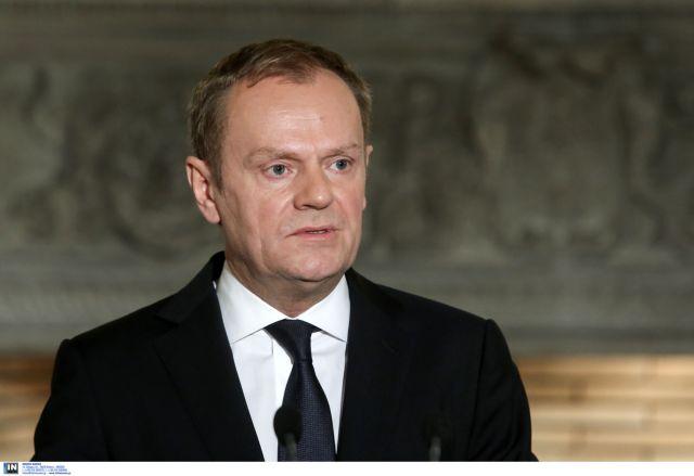 «Να καταλήξουν σε συμφωνία για το ελληνικό ζήτημα πολύ σύντομα» κάλεσε την ευρωζώνη ο Τουσκ | tovima.gr