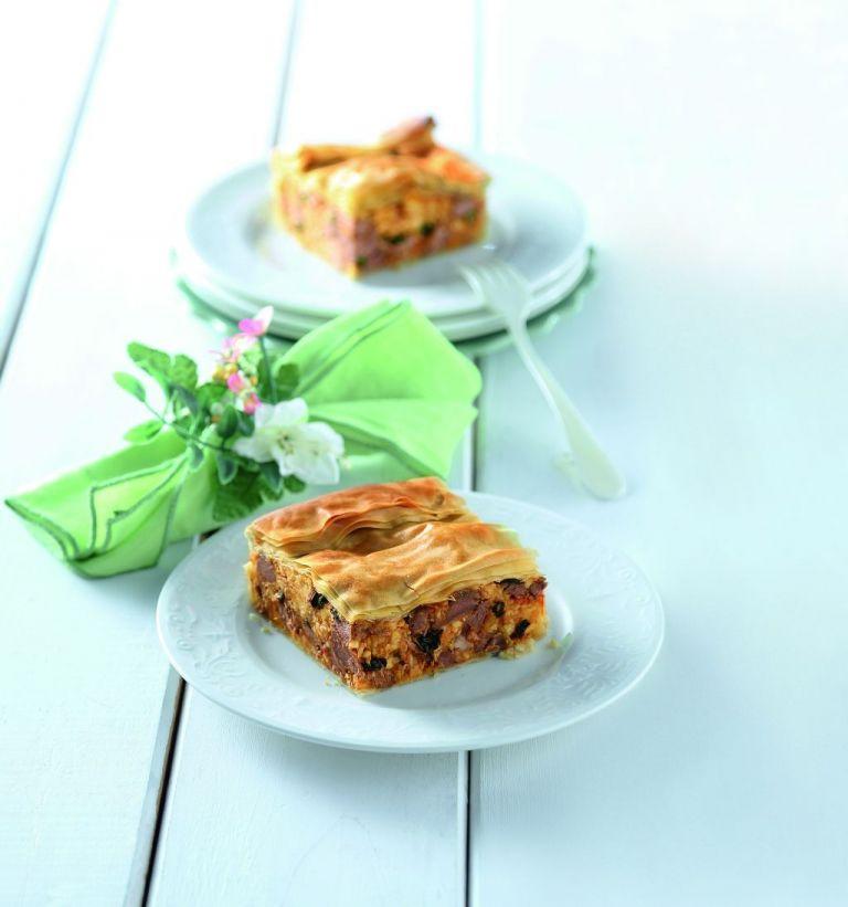 Πίτα με μοσχάρι και μαντζουράνα | tovima.gr