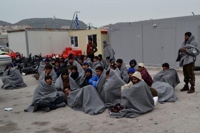 Refugees on Lesvos protest deportations back to Turkey | tovima.gr