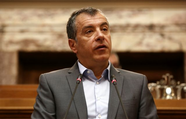 "Theodorakis: ""Tsipras ran out of money and will sign everything"" 
