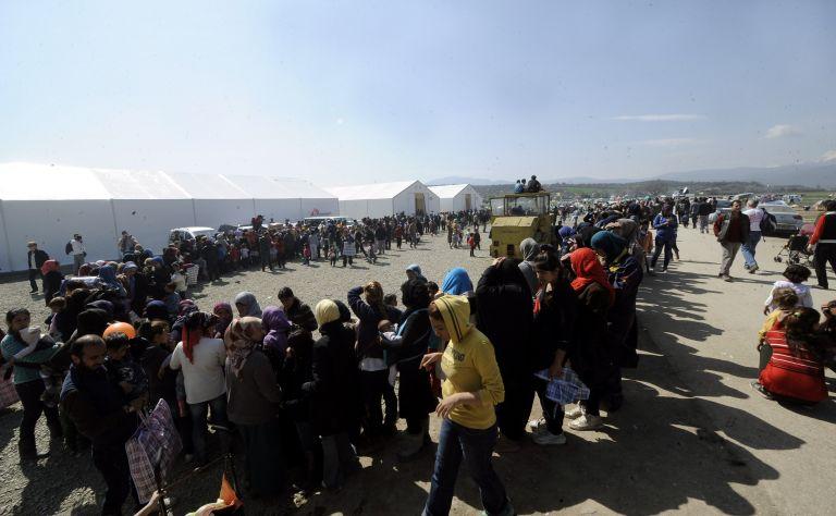 Διαφωνίες προσφύγων στην Ειδομένη μετά τη φημολογία για άνοιγμα των συνόρων | tovima.gr