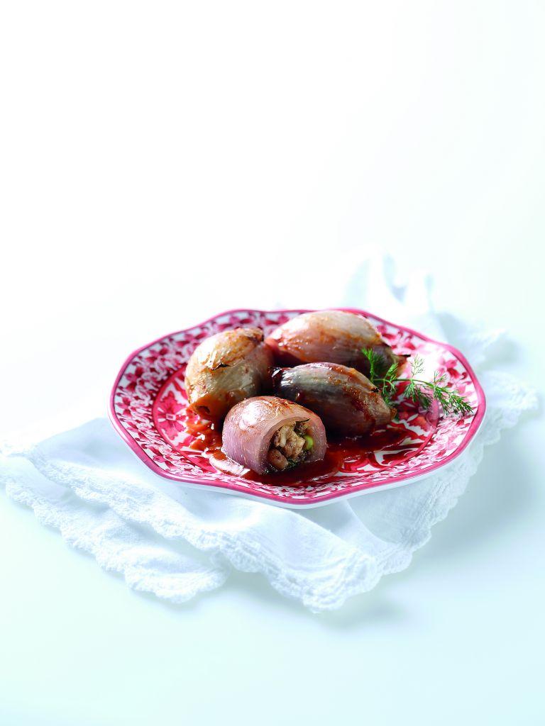 Γεμιστά κρεμμύδια με συκωτάκια | tovima.gr