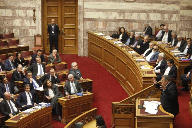 Εκρηκτικό πολιτικό σκηνικό στη χώρα κατέδειξε η συζήτηση στη Βουλή | tovima.gr