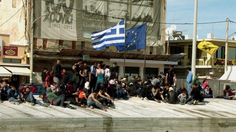 Συνεχίζουν την απεργία πείνας 10 πρόσφυγες στη Χίο | tovima.gr