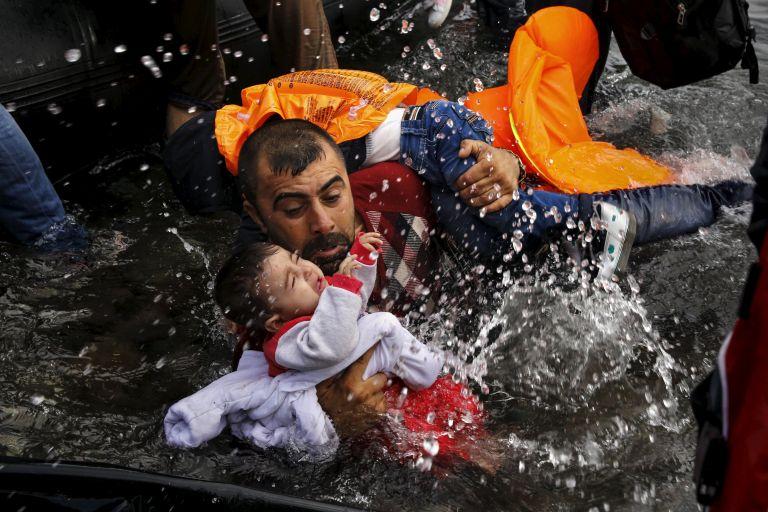 Διακόσιοι πενήντα πέντε μετανάστες διασώθηκαν βόρεια της Λιβύης | tovima.gr