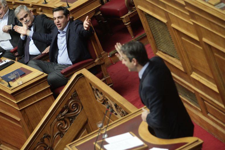 Βγάζουν τα όπλα τους Αλέξης Τσίπρας και Κυριάκος Μητσοτάκης   tovima.gr