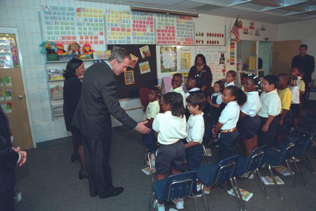 Ο Μπους την 11η Σεπτεμβρίου, νέες φωτογραφίες στη δημοσιότητα   tovima.gr