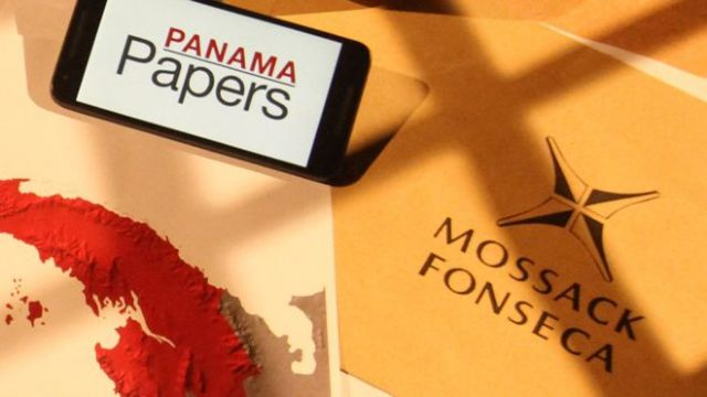 """Hundreds of Greeks named in the """"Panama Papers"""" leaks 