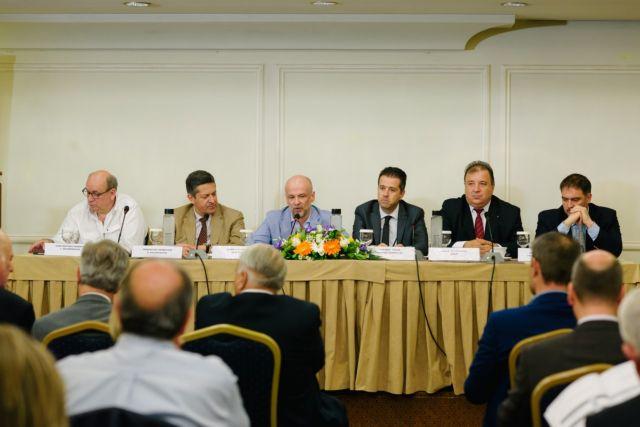 Υποτονικές κρατήσεις, παραοικονομία «πνίγουν» τα ξενοδοχεία   tovima.gr