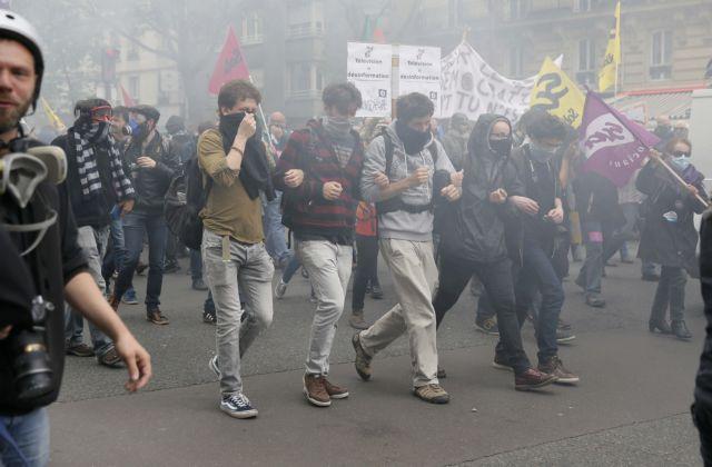 Γαλλία: Ξεσηκωμός κατά του εργασιακού-Διαδηλώσεις και πρόταση μομφής   tovima.gr