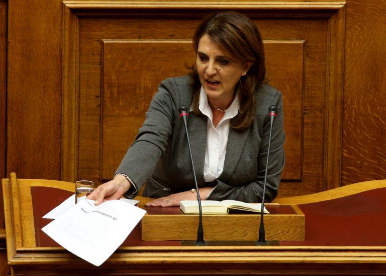 Σφοδρή αντιπαράθεση ΣΥΡΙΖΑ-ΝΔ για τροπολογία που ψηφίστηκε πριν δύο χρόνια   tovima.gr