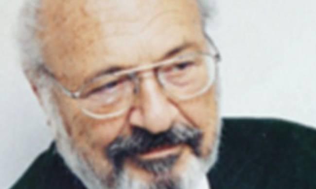 Ο Γιάννης Β. Γουλανδρής οδηγήθηκε στην τελευταία του κατοικία | tovima.gr