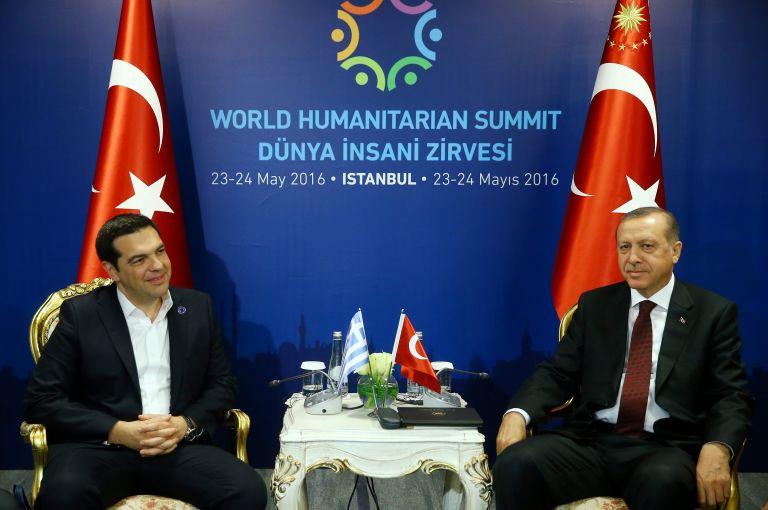 Τσίπρας σε Ερντογάν: Ικανοποίηση για προσφυγικό, δυσαρέσκεια για Αιγαίο | tovima.gr