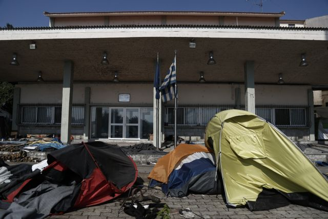 Over 52,300 migrants and refugees currently in Greece | tovima.gr