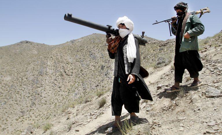 Αφγανιστάν: 11 αστυνομικοί νεκροί από επιθέσεις Ταλιμπάν   tovima.gr