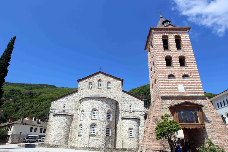 Δεκτή από την κυβέρνηση τροπολογία για φοροαπαλλαγές στο Άγιο Όρος | tovima.gr