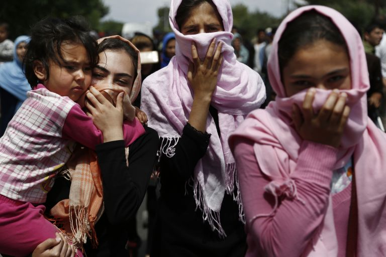 Απειλητικά μηνύματα από ακροδεξιά οργάνωση είχε δεχθεί η αφγανική κοινότητα | tovima.gr