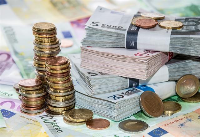 ΤτΕ προς τράπεζες: Μειώστε κι άλλο τα έξοδά σας | tovima.gr