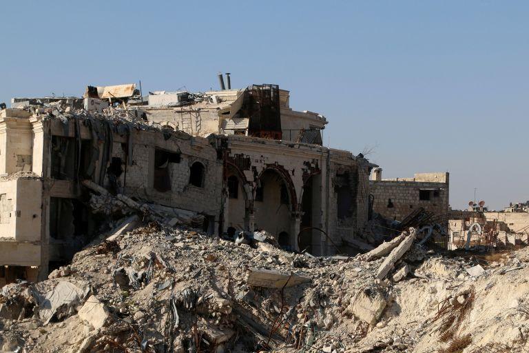 Σφοδρές μάχες στρατού και αντικαθεστωτικών έξω από το Χαλέπι | tovima.gr