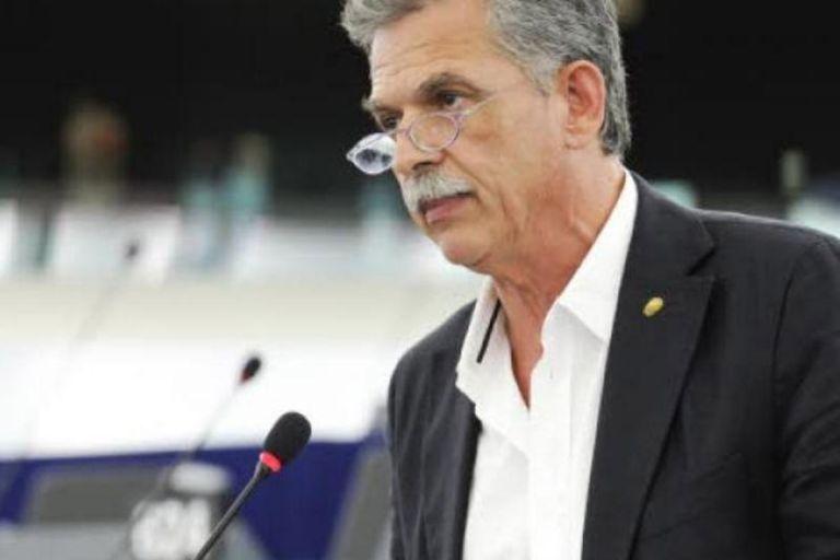 Σπ. Δανέλλης: «Δεν με πλησίασαν κυβερνητικά στελέχη, ενόψει της ψήφισης του εκλογικού νόμου»   tovima.gr
