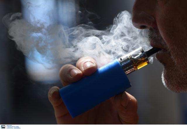 Κατά του φόρου στα ηλεκτρονικά τσιγάρα η Κομισιόν | tovima.gr