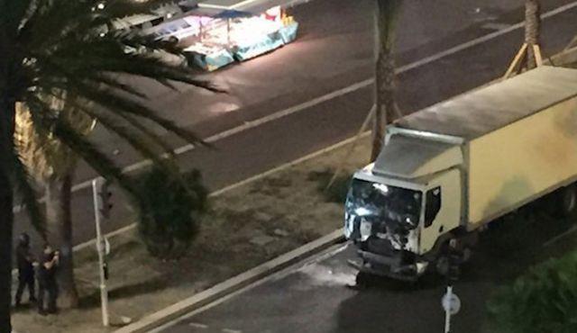 CNN: Τα φορτηγά ως φονικό όπλο – Ανάλυση από το πρακτορείο   tovima.gr