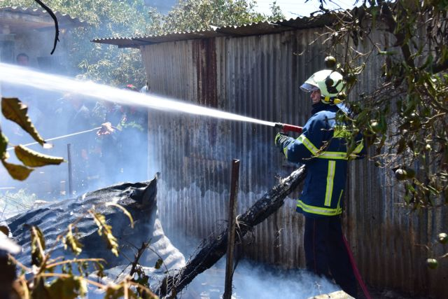 Βόλος: Φωτιά με εκρήξεις σε αγροικία, με σοβαρά εγκαύματα ο ιδιοκτήτης | tovima.gr