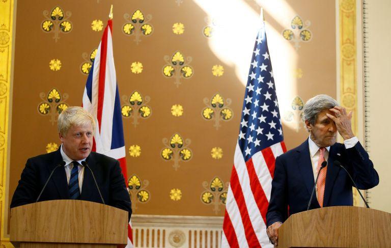 Κέρι: Αδύνατη μια εμπορική συμφωνία με το Λονδίνο πριν από το Brexit | tovima.gr