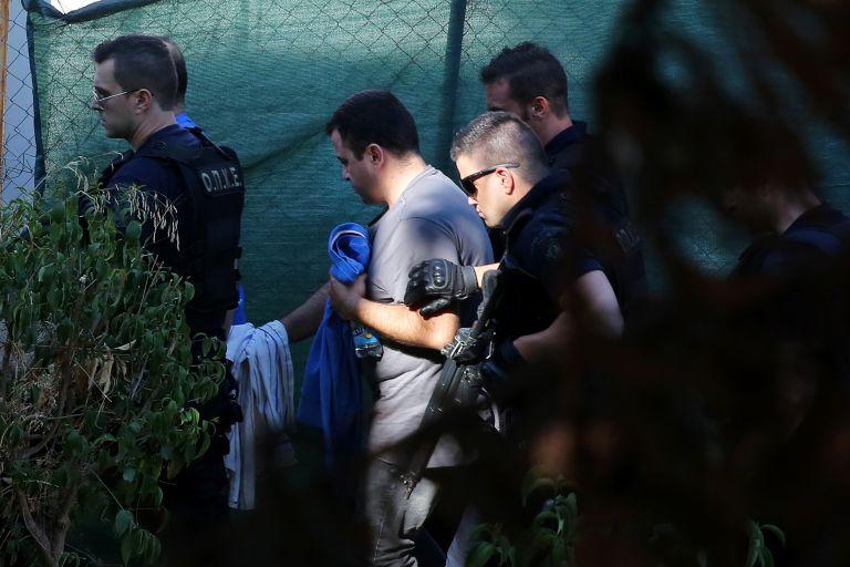 «Παγώνει» προσωρινά η χορήγηση ασύλου στον τούρκο αξιωματικό – Μετά την απόφαση κράτησης, συνελήφθη | tovima.gr