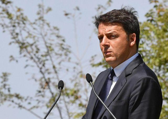 Απέκλεισε το ενδεχόμενο μετεκλογικής συνεργασίας με τον Μπερλουσκόνι ο Ρέντσι   tovima.gr