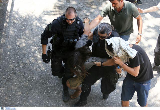 Συγκεντρώσεις αλληλεγγύης στους 74 συλληφθέντες της Θεσσαλονίκης   tovima.gr
