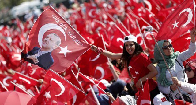 Η Τουρκία έναν χρόνο μετά το πραξικόπημα   tovima.gr