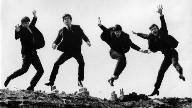 Αντί 358.000 δολ. πουλήθηκαν άγνωστες φωτογραφίες των Beatles | tovima.gr