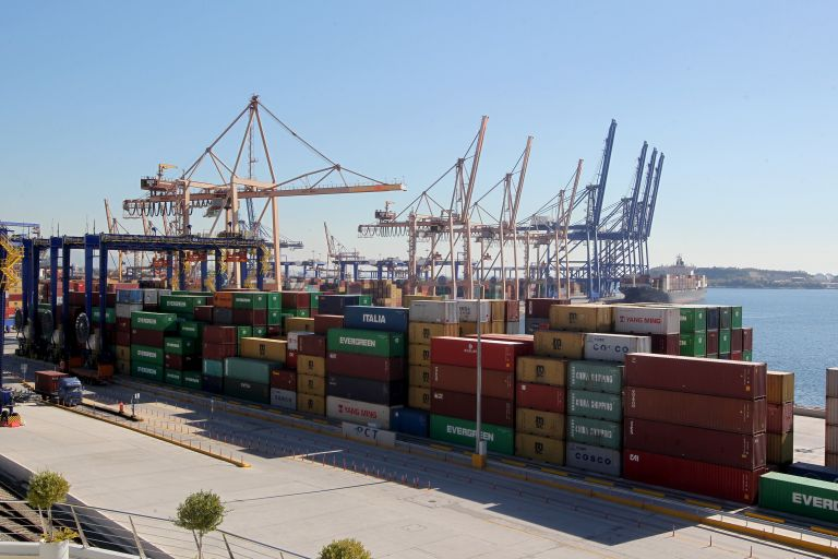 ELSTAT documents sharp rise in imports and arrivals in July | tovima.gr