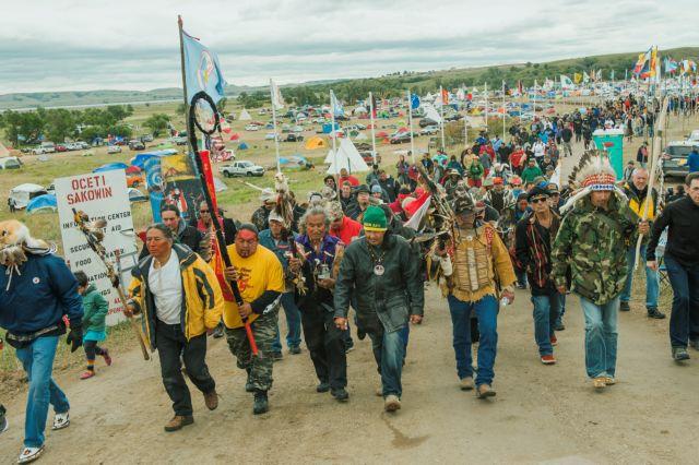 Σιού εναντίον του πετρελαιαγωγού Dakota Access Pipeline | tovima.gr