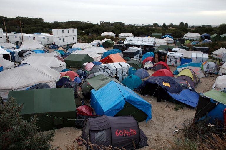 Καλαί: Πέντε μετανάστες νεκροί από ανταλλαγή πυροβολισμών   tovima.gr