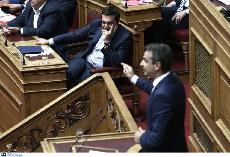 Βουλή:Μονομαχία Τσίπρα-Μητσοτάκη στην προ ημερησίας για την οικονομία | tovima.gr