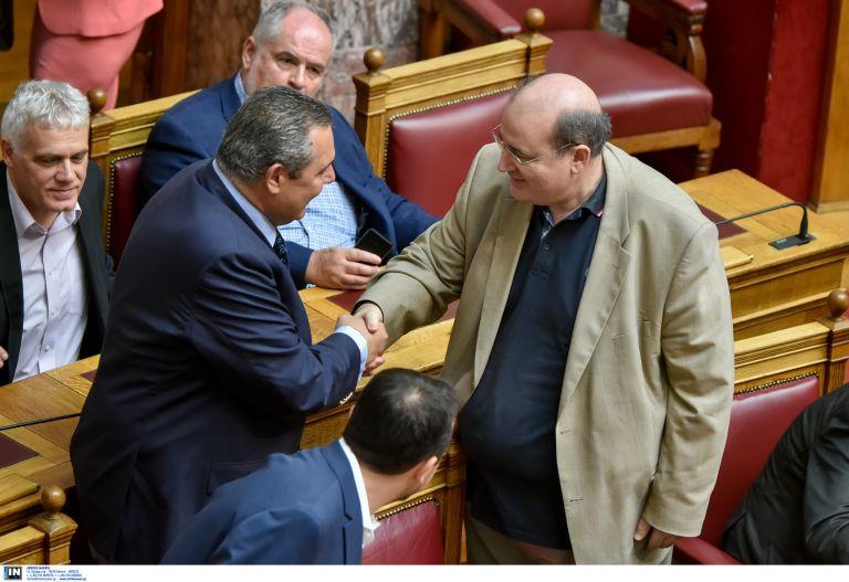 Φίλης, Ξυδάκης, Δουζίνας ζήτησαν από τον Καμμένο να ακυρώσει τις συμφωνίες με τους σαουδάραβες | tovima.gr