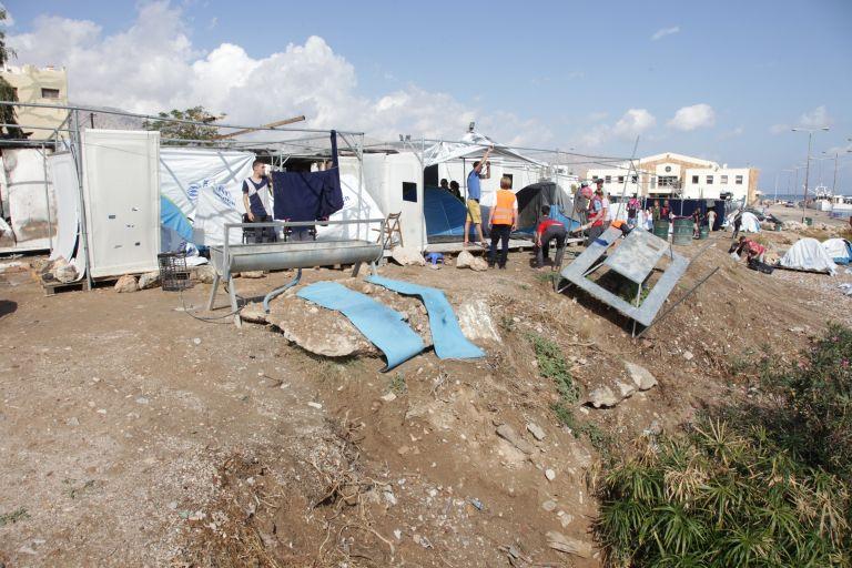Χίος: Επεισόδια μεταξύ προσφύγων και δύο κατοίκων | tovima.gr