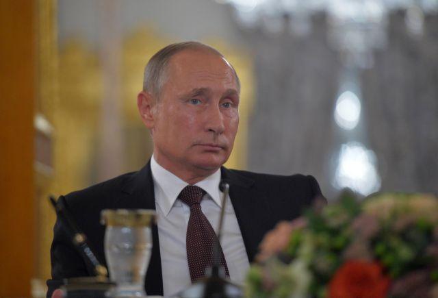 Διάγγελμα Πούτιν: Σύνταξη στα 60 οι γυναίκες, στα 65 οι άνδρες | tovima.gr