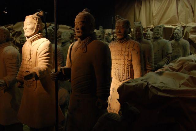Πέθανε ο κινέζος αρχαιολόγος που ανακάλυψε τον Πήλινο Στρατό | tovima.gr