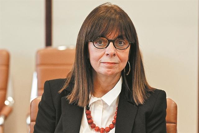 Μια δικαστής που γράφει Ιστορία | tovima.gr