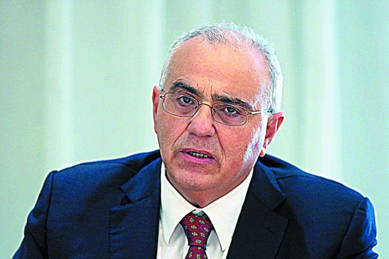 Καραμούζης: Σε κρίσιμο σταυροδρόμι το τραπεζικό σύστημα | tovima.gr