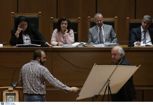 Δίκη ΧΑ: Μας επιτέθηκαν κατ' εντολήν μεγαλοεργολάβων | tovima.gr