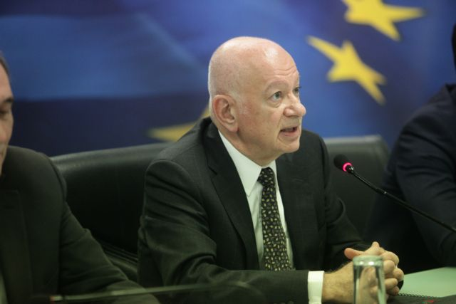 """Papadimitriou: """"Attract investments by taking advantage of the euro"""" 