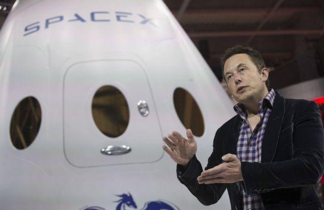 Ο Έλον Μάσκ διέγραψε την σελίδα της SpaceX στο Facebook | tovima.gr