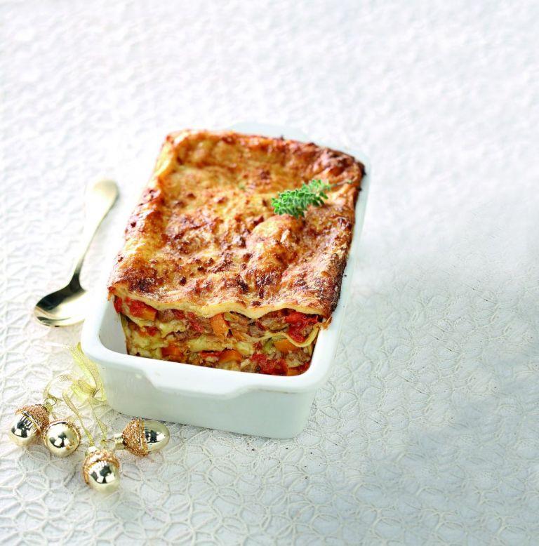 Λαζάνια με μπέικον και μοτσαρέλα | tovima.gr