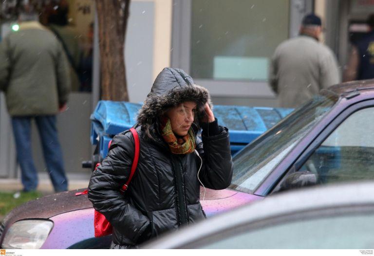Κακοκαιρία σε ύφεση με τσουχτερό κρύο, πού χρειάζονται αλυσίδες | tovima.gr