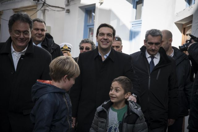 """PM Tsipras: """"We will not ask anyone to support the needy"""" 